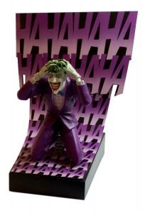 BIRTH OF THE JOKER - PREMIUM STATUE