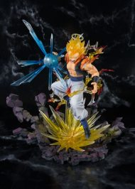 DRAGON BALL Z - SUPER SAIYAN GOGETA PVC STATUE 19 CM