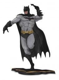 DC CORE – BATMAN GRAY VARIANT EU EXCLUSIVE PVC STATUE 26 CM
